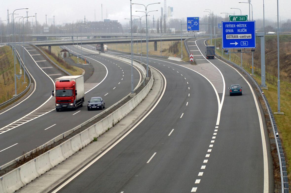 Zvlněný úsek dálnice D47