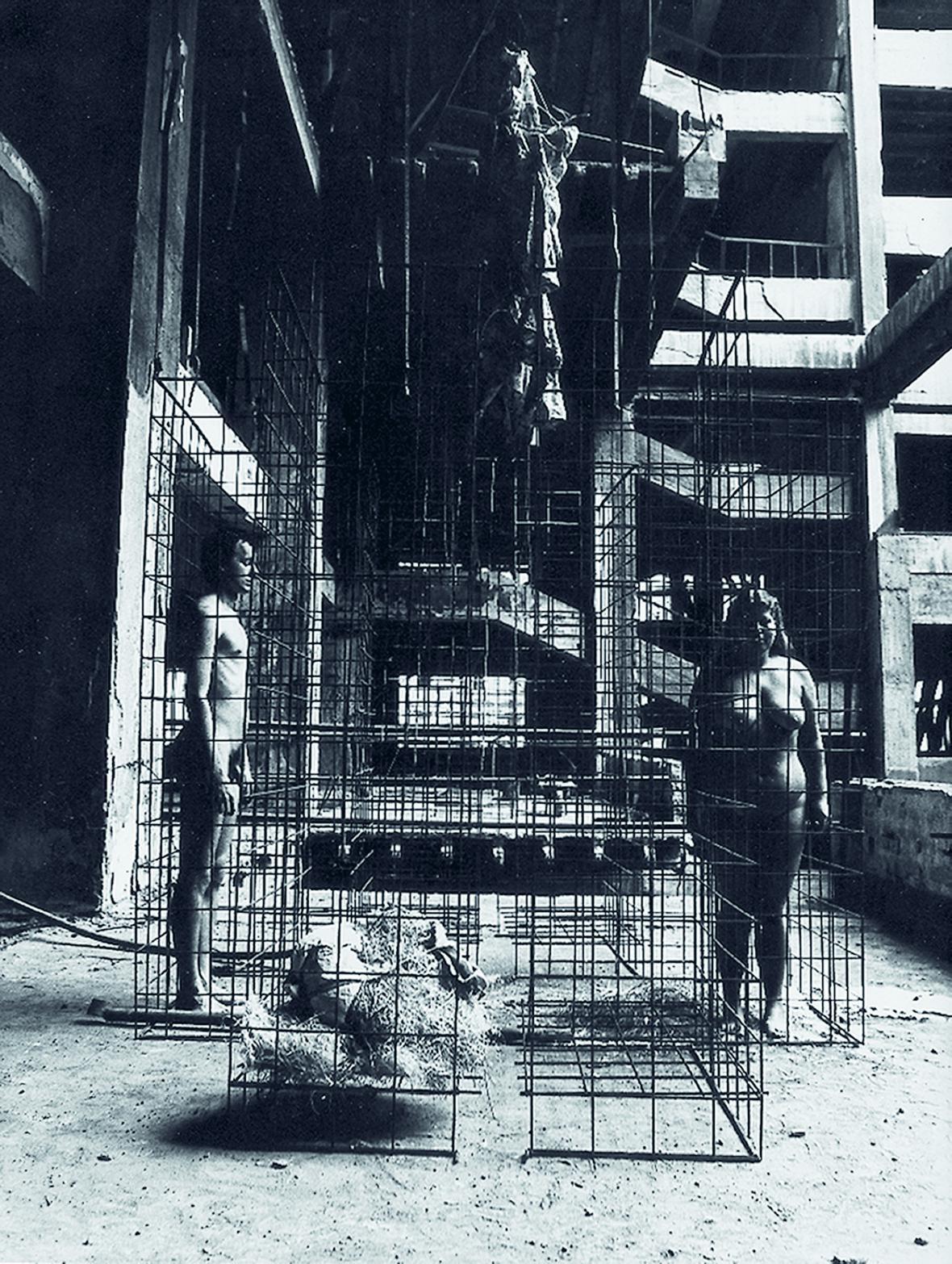 Fotodokumentace z akcí Jiřího Sozanského ve Veletržním paláci, 1984