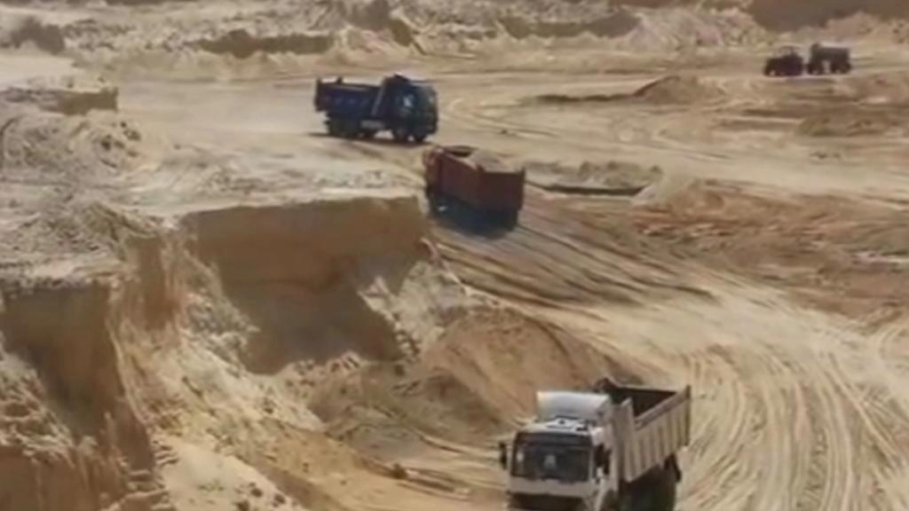 Rozšiřování Suezského průplavu