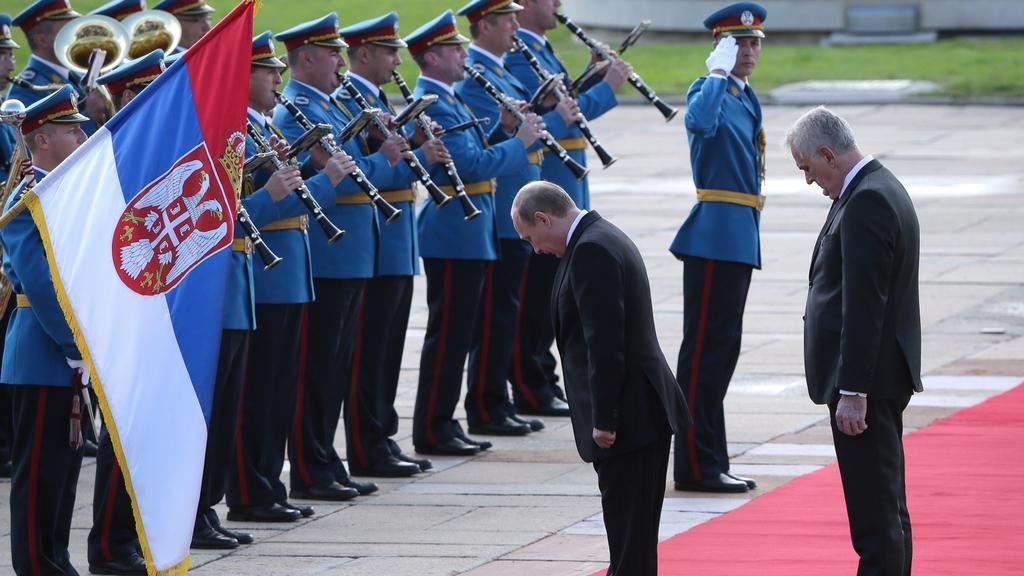 Putin přiletěl do Srbska na oslavy osvobození Bělehradu