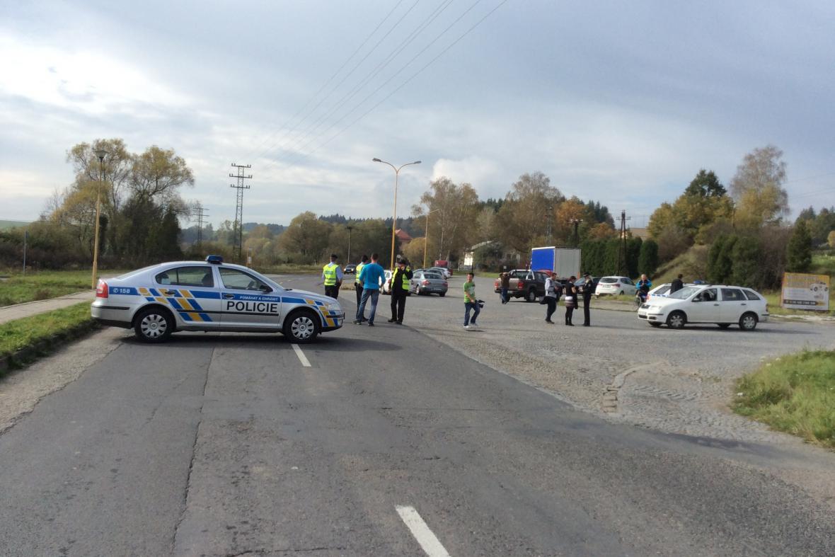 Policie oblast kolem muničního skladu uzavřela