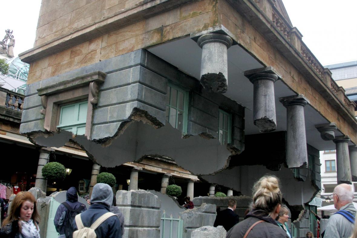 Budova podle Alexe Chinnecka