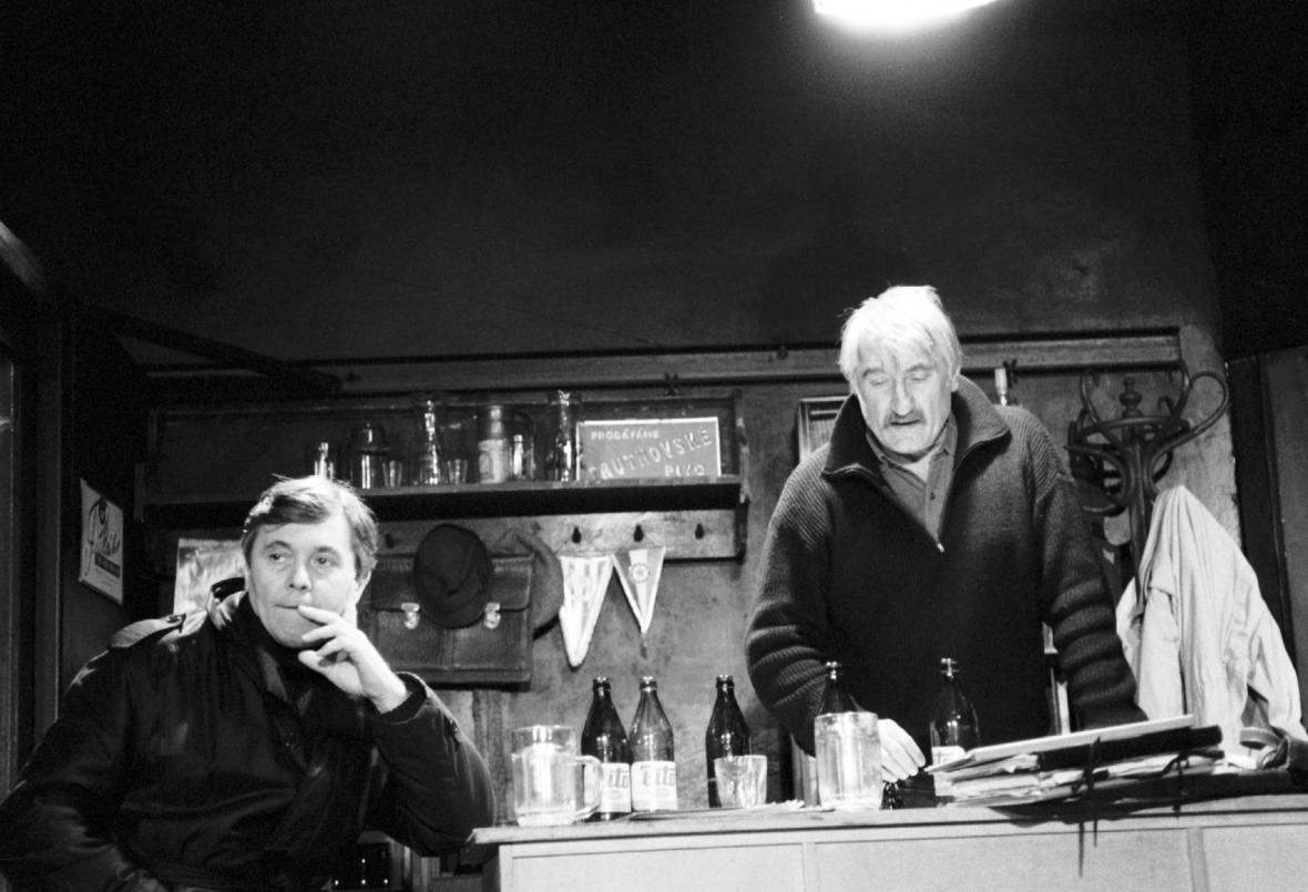 Pavel Landovský a Josef Abrhám v Havlově hře Audience