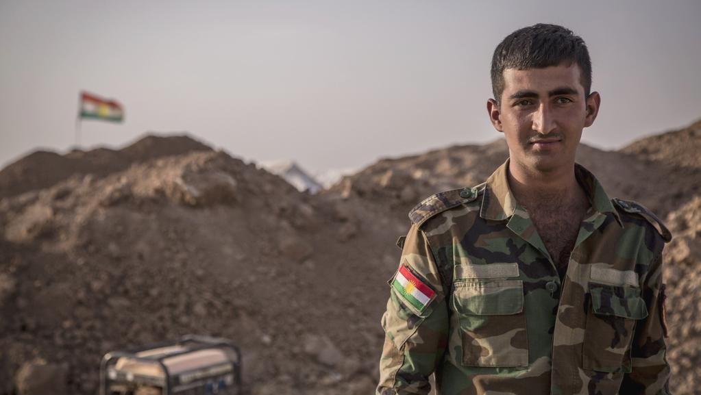 Příslušník kurdských jednotek Pešmergů