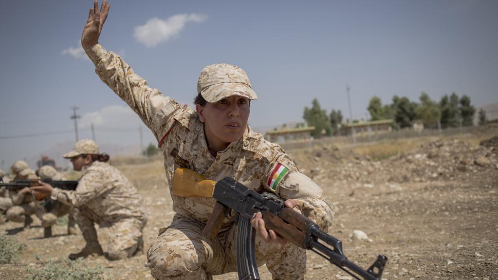 Ženy v řadách kurdských vojsk