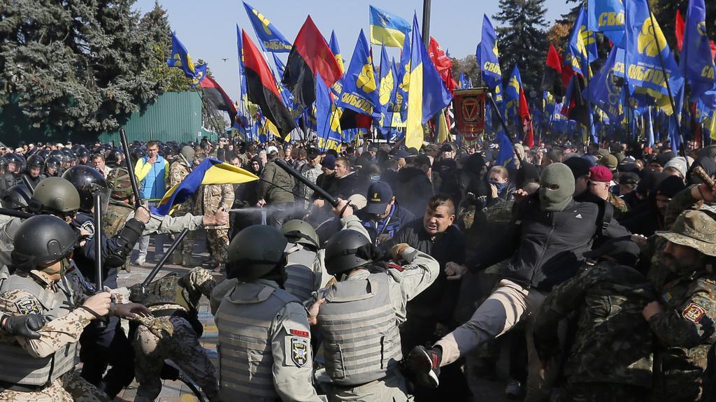 Střety policie s demonstranty