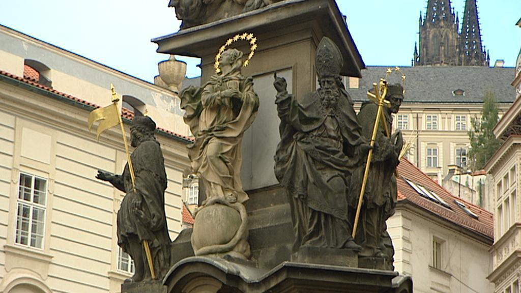 Morový sloup Nejsvětější Trojice na Malostranském náměstí