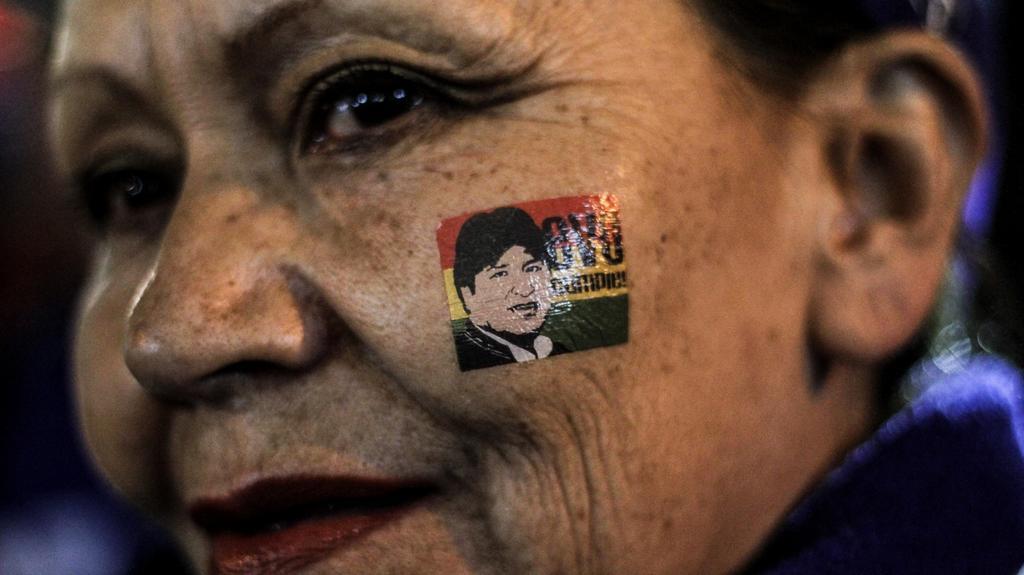 Přiznivci Eva Moralese v ulicích