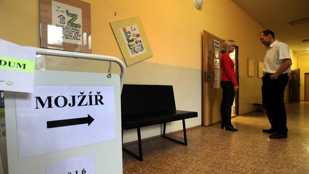 V Mojžíři na Ústecku se objevily zprávy o kupčení s hlasy