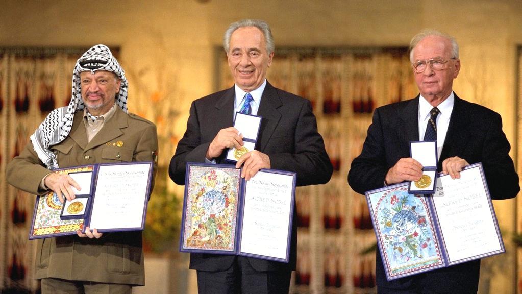 Arafat, Peres, Rabin - dodnes diskutované trio laureátů NC za mír v roce 1994