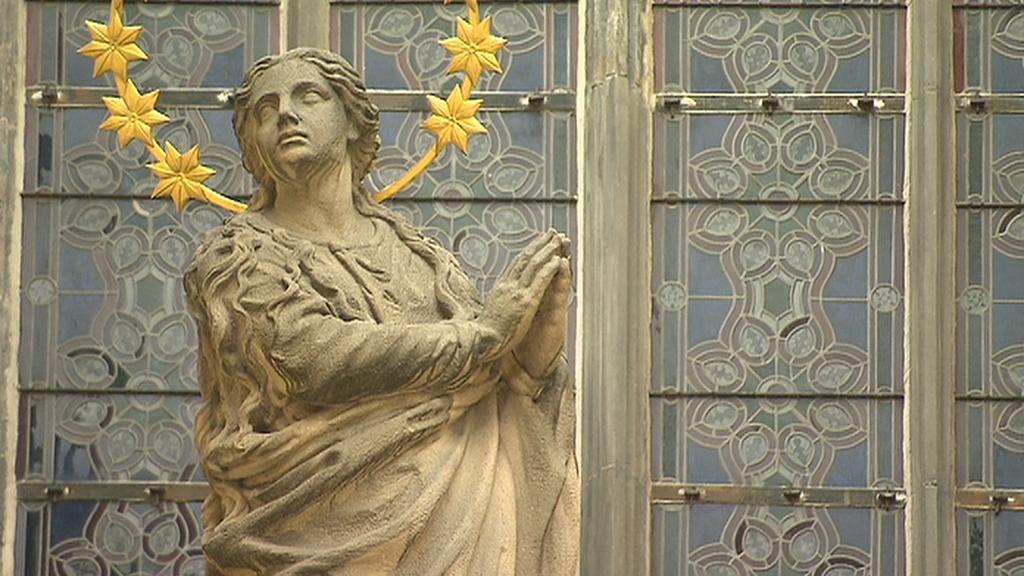 Socha Panny Marie pro Mariánský sloup