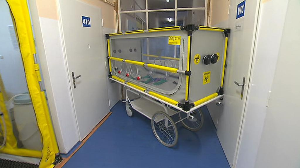 Mobilní biobox pro převoz vysoce infekčních pacientů