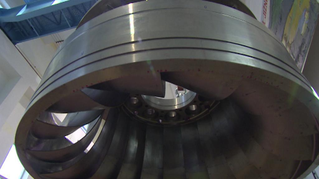 Lipno - oprava turbíny