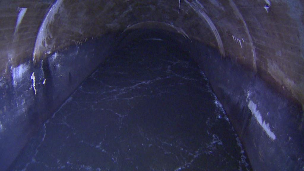 Podzemní tunel v lipenské vodní elektrárně