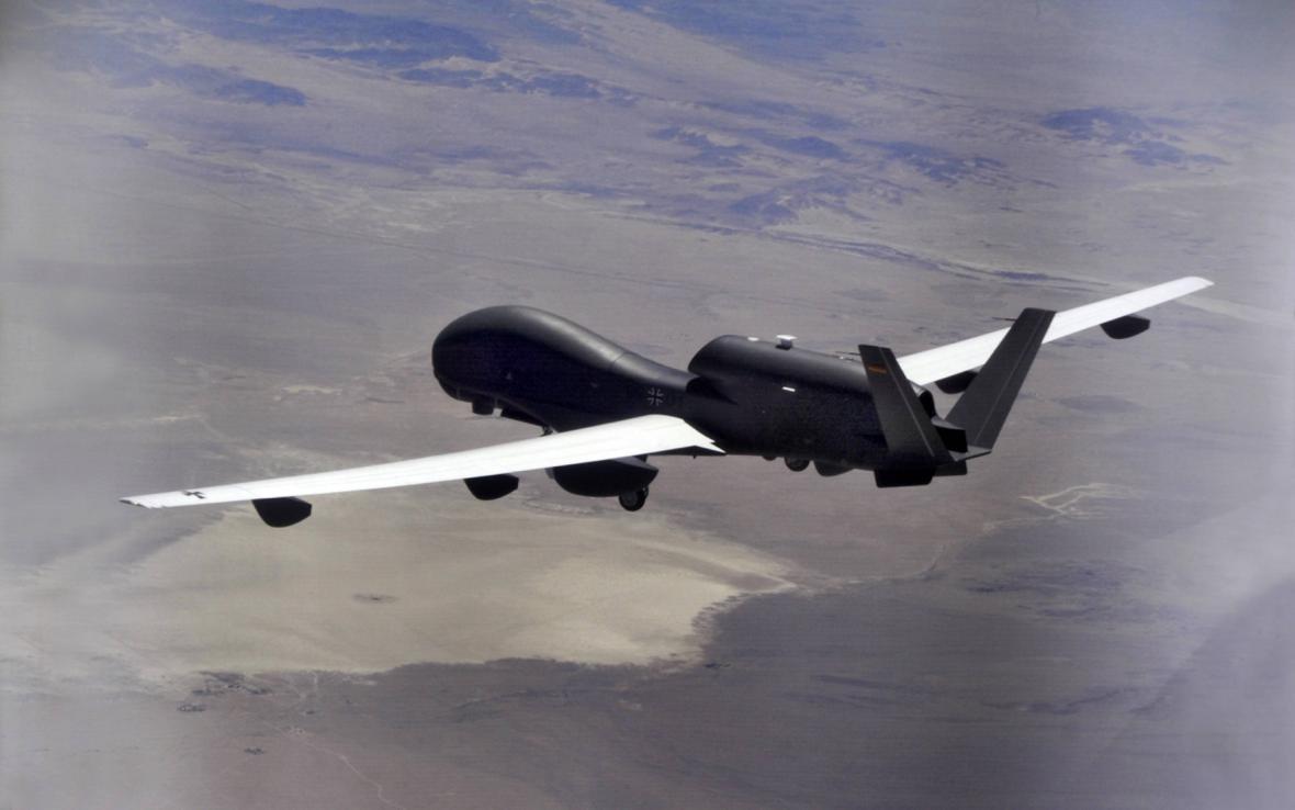 Německý bezpilotní letoun Euro Hawk