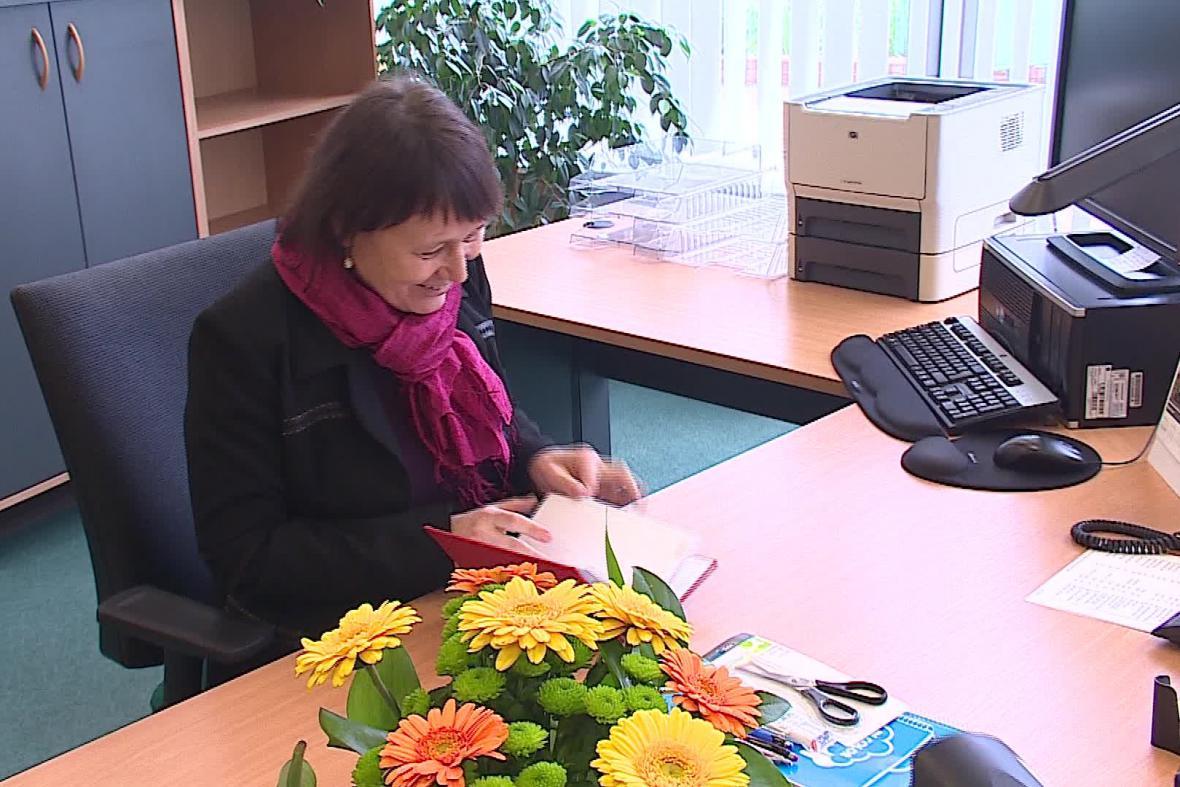 Anna Šabatová v nové kanceláři
