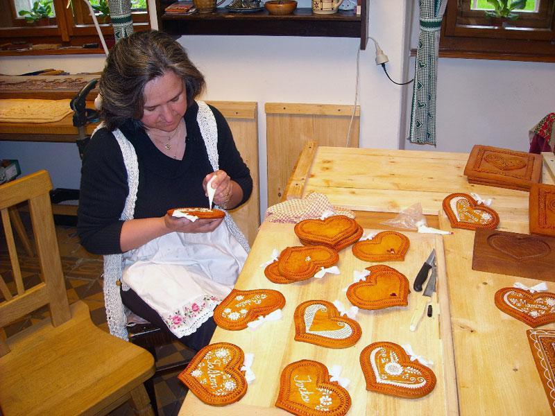 Výroba pardubického perníku