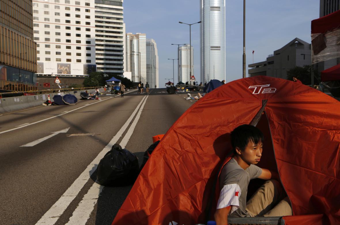 Protesty v Hongkongu se uklidňují