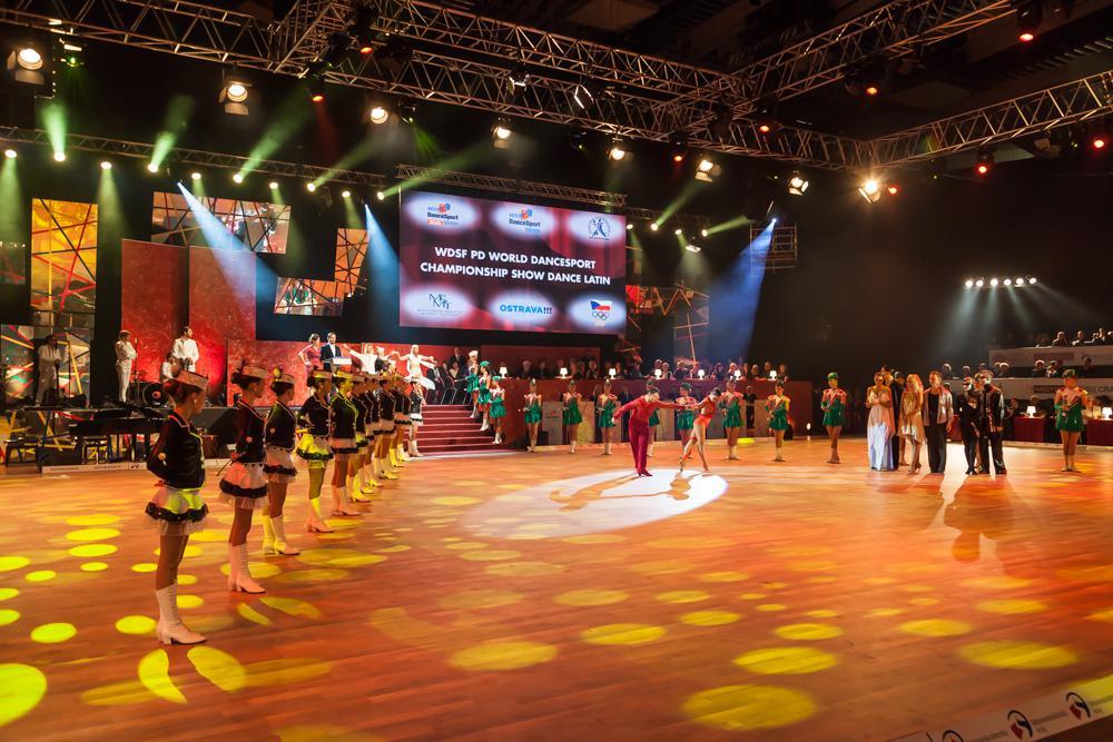 Galashow s latinou 2014