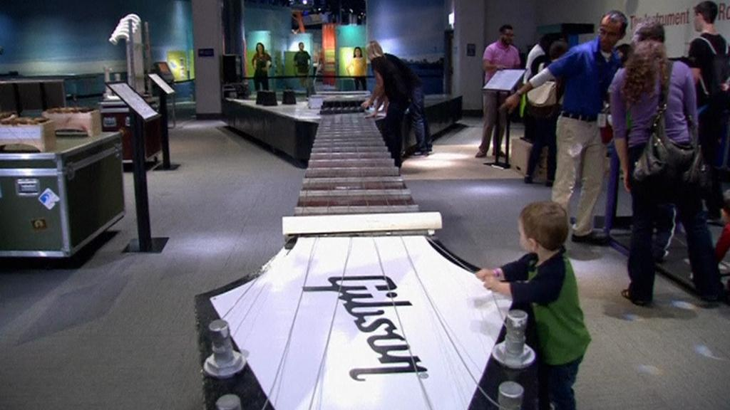 Největší kytara světa