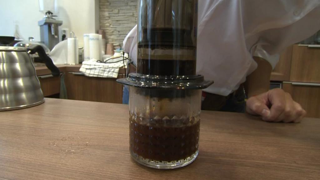 Přístroj na přípravu kávy, tzv. aeropress