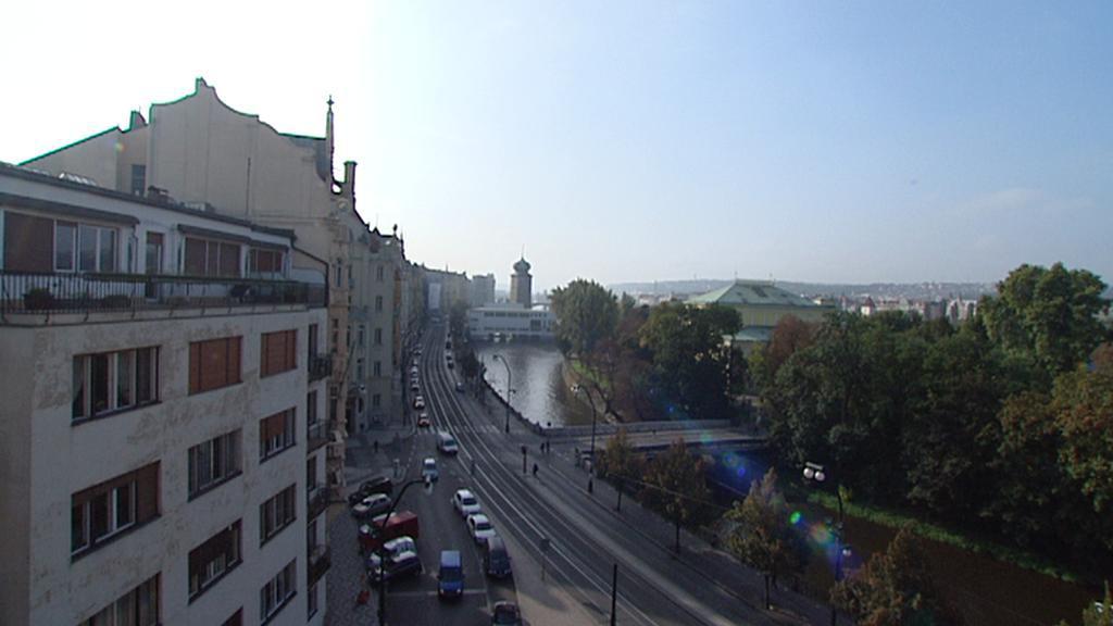 Pohled na Mánes z rekonstruovaného ND