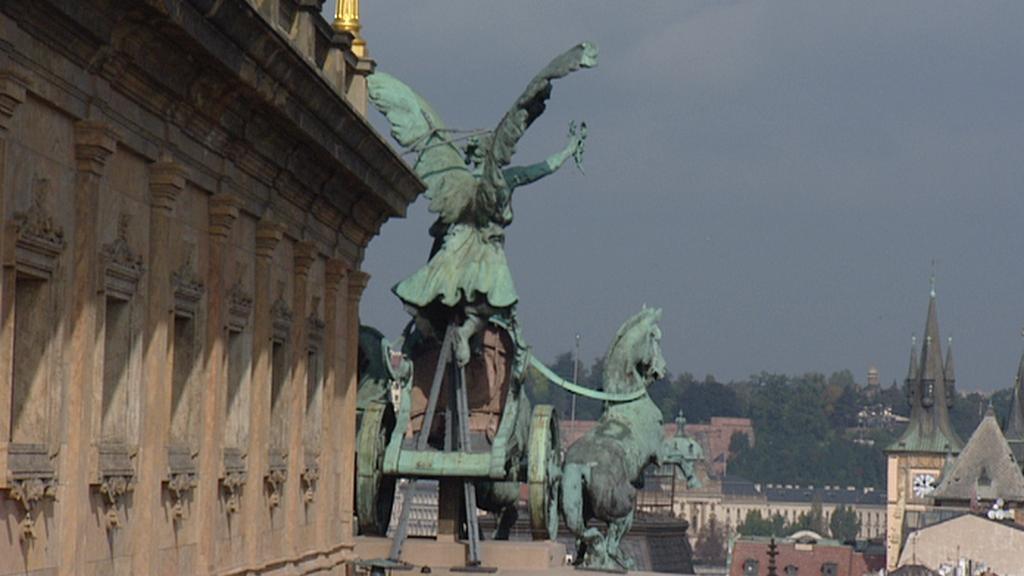 Pohled se střechy Národního divadla