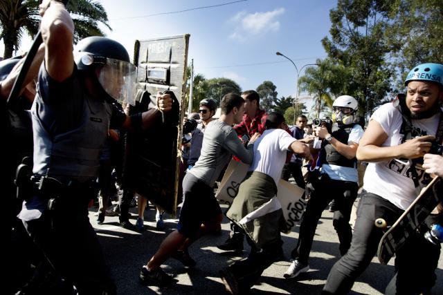 Brazílie se potýká se sociálními nepokoji