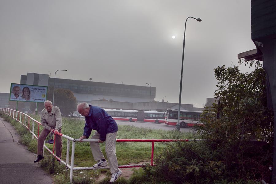Pražané spěchají na otevření Trojského mostu