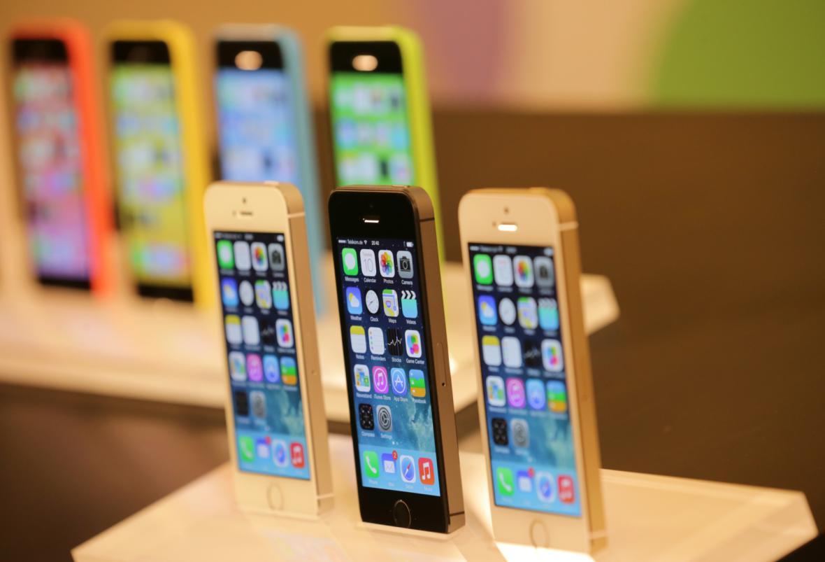 Telefony iPhone 5S a 5C