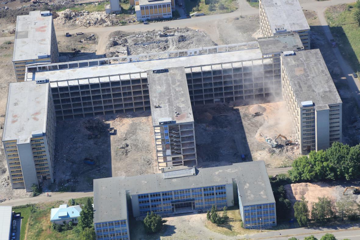 Demolice budov areálu zkrachovalého OP Prostějov