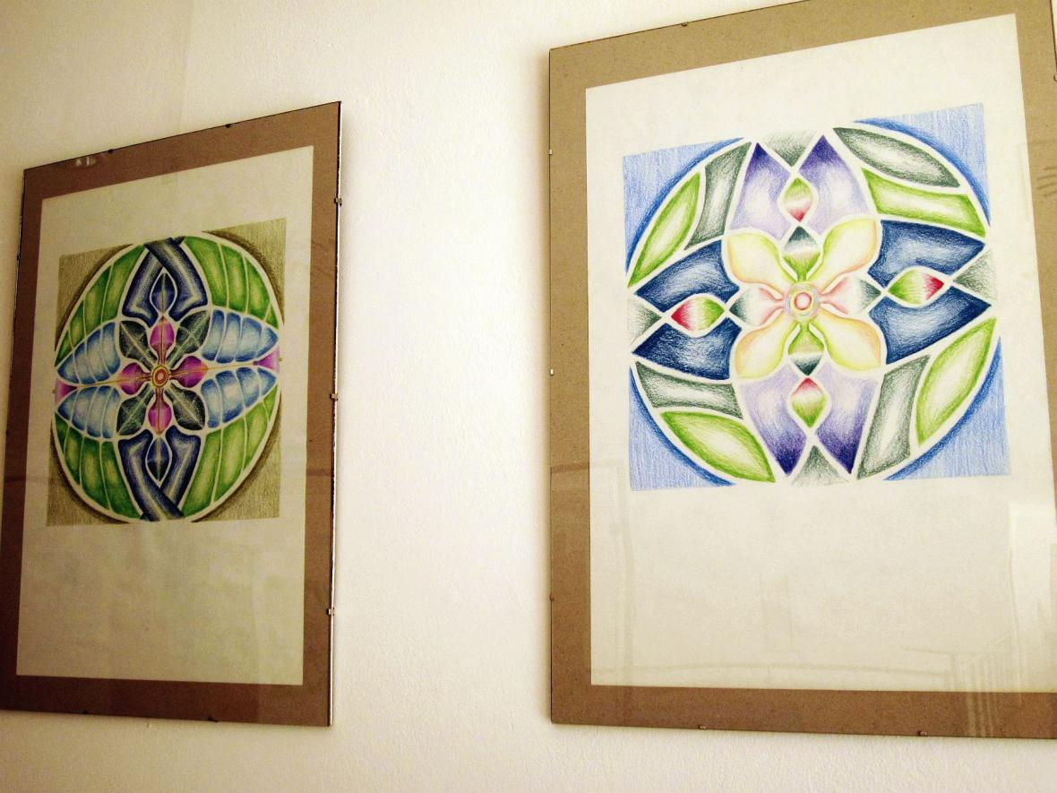Z vernisáže výstavy pastelů Libuše Baďurové