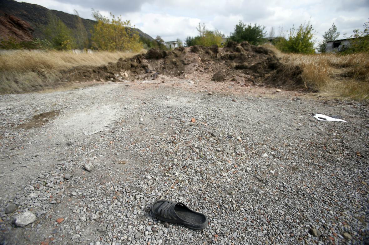 Poblíž Doněcku objevili rebelové údajné masové hroby