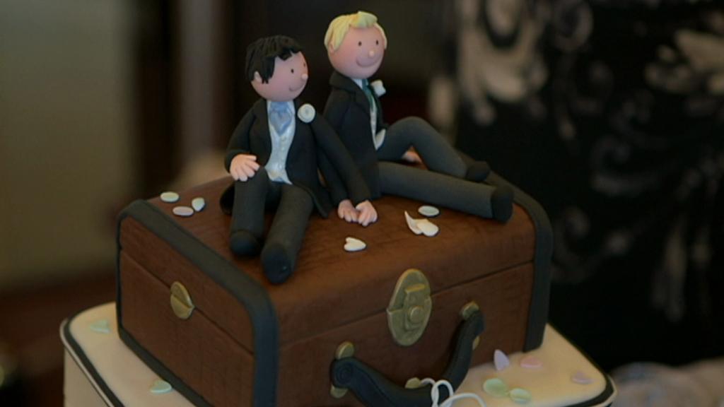 Fingované sňatky homosexuálů v Británii
