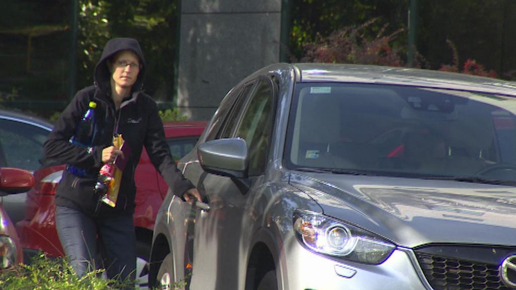Propuštěná žena obviněná v kauze Oleo Chemical, o jejímž jménu se zatím spekuluje