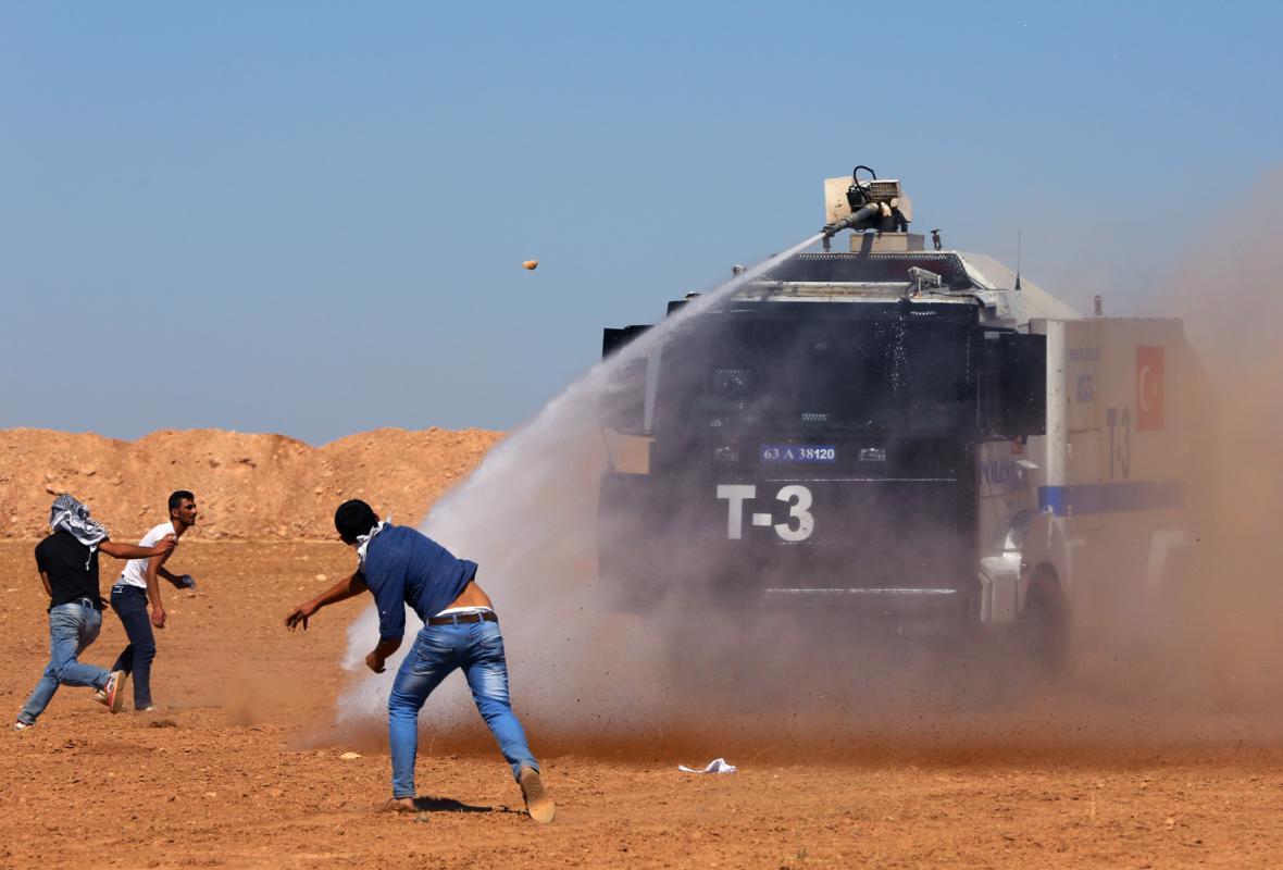 Nepokoje na syrsko-turecké hranici