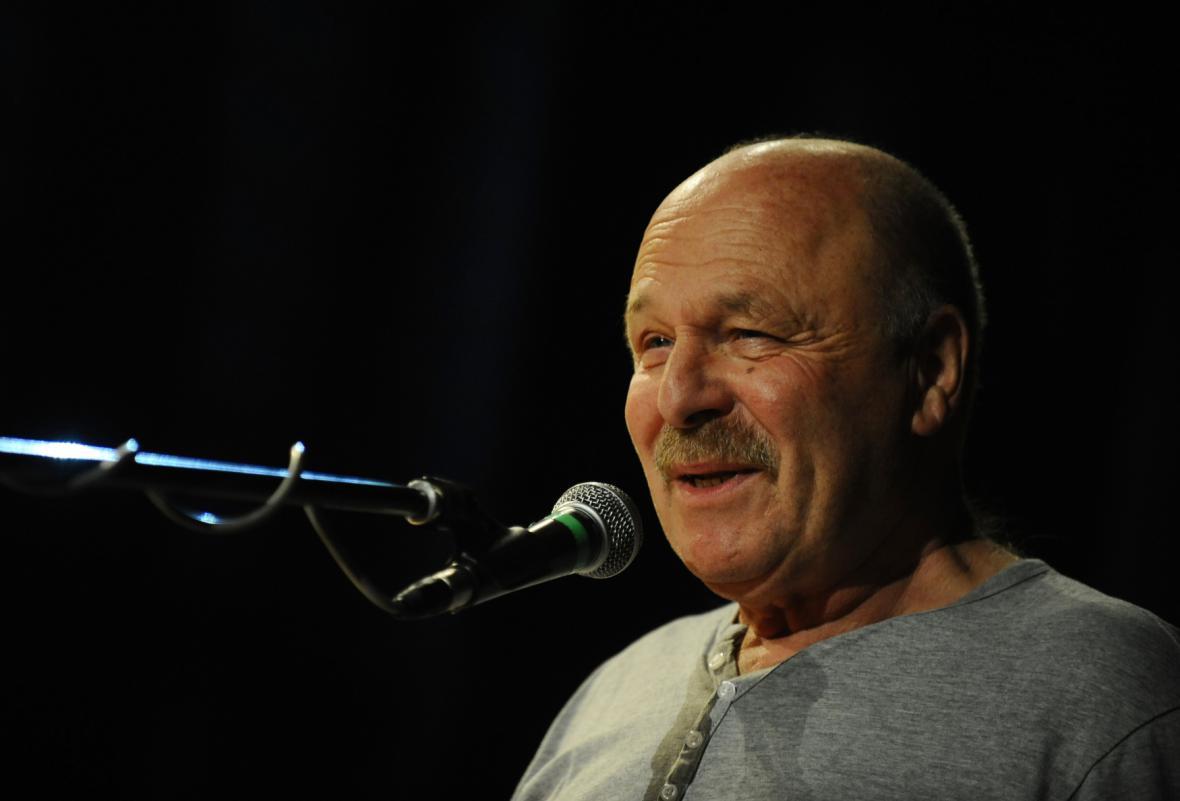 Hudebník a zpěvák Petr Skoumal