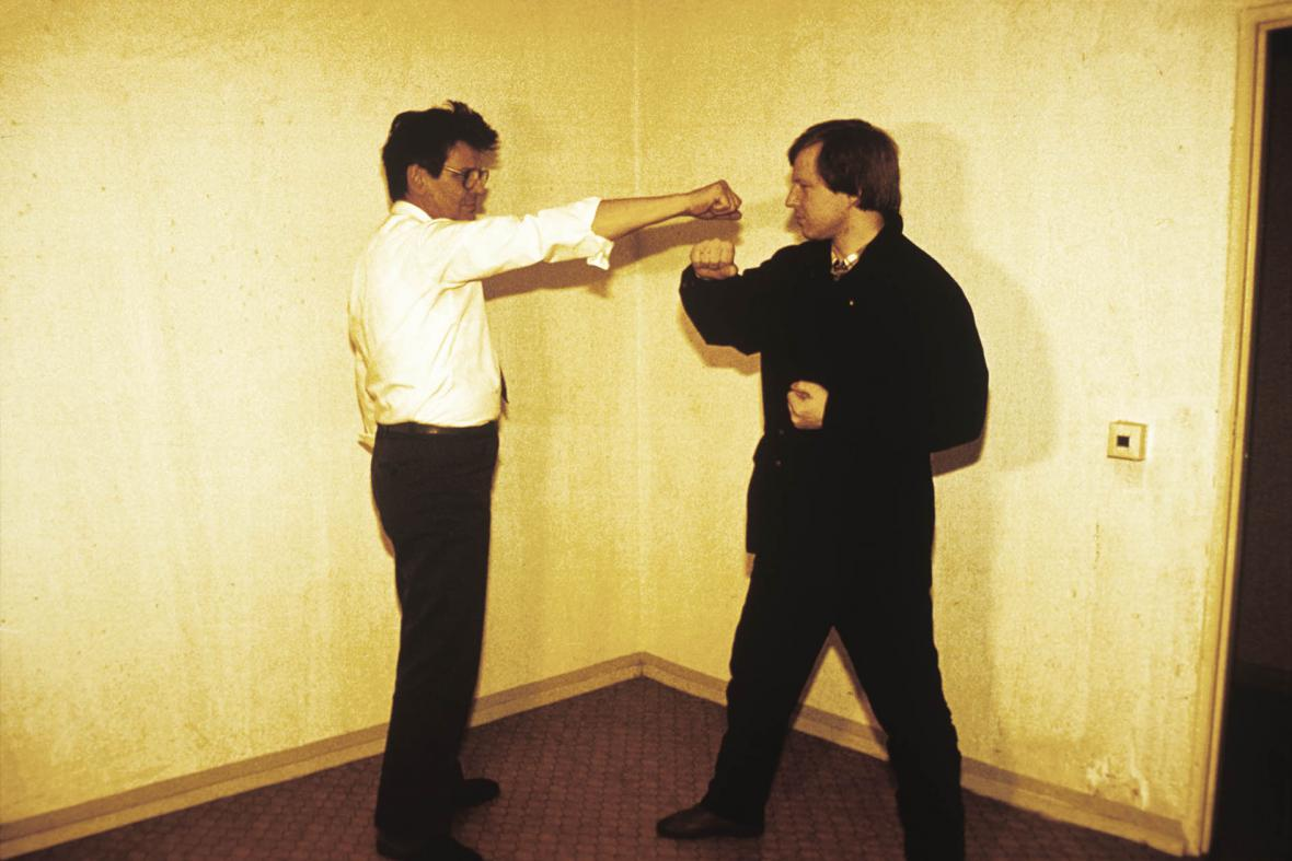 Instruktáž příslušníků Stasi pro boj zblízka