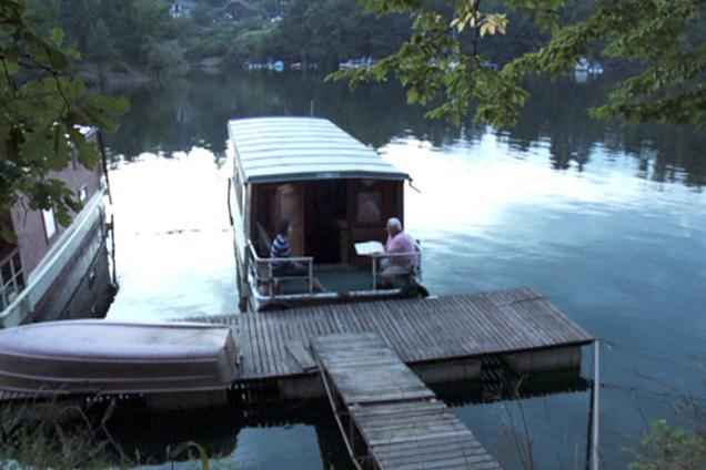 Hausbót na Slapské přehradě