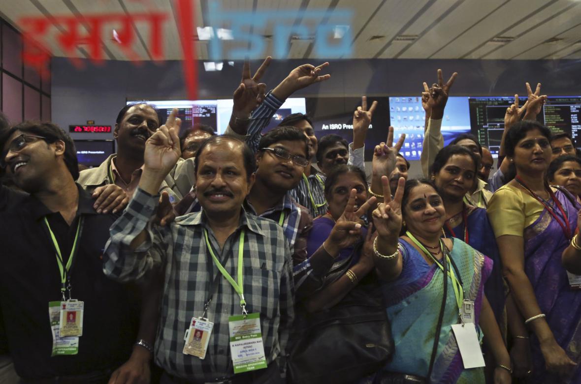 Indická sonda dorazila k Marsu