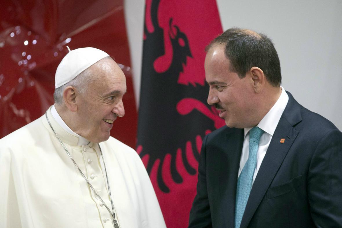 František s albánským prezidentem Bujarem Nishanim