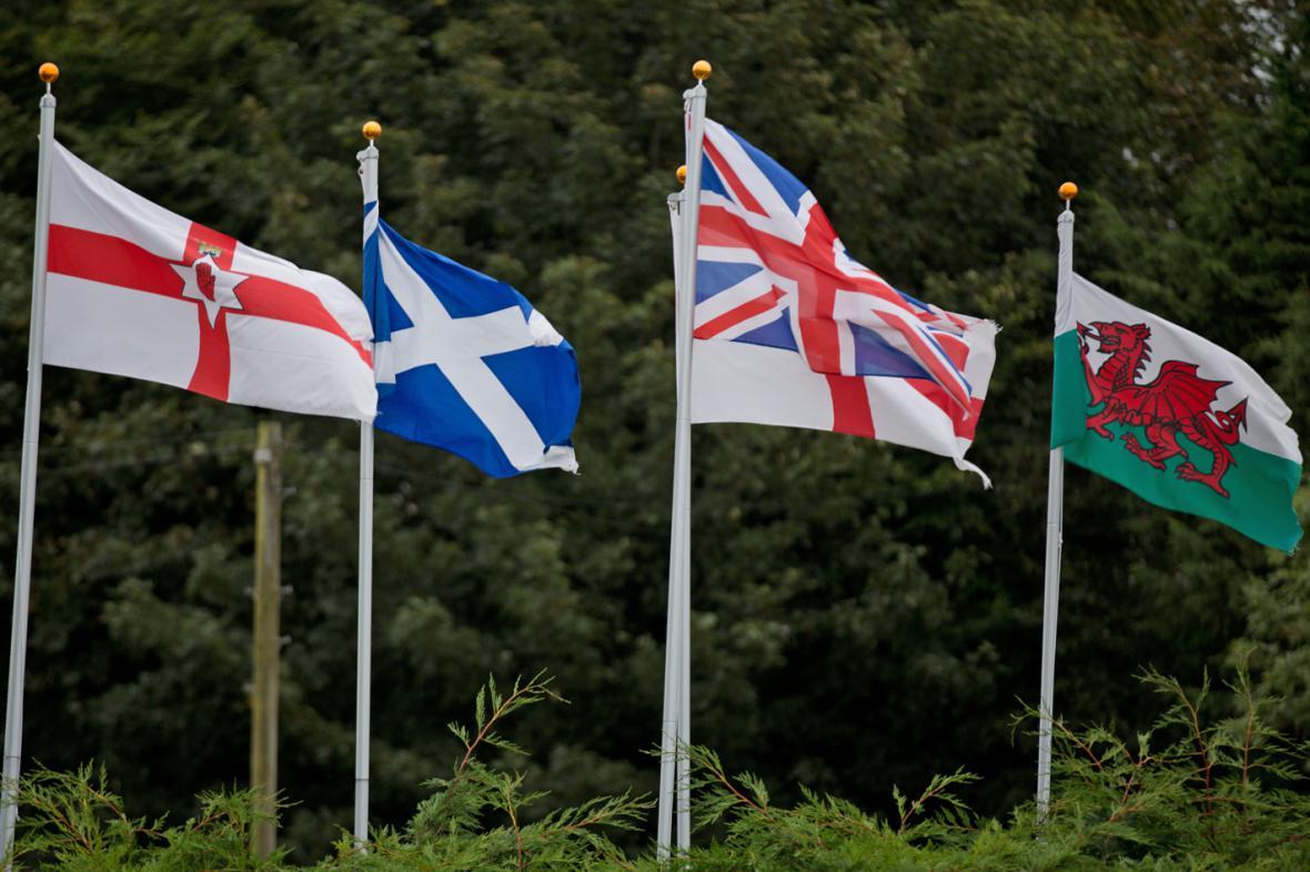 Vlajky Severního Irska, Skotska, Anglie, Velké Británie a Walesu