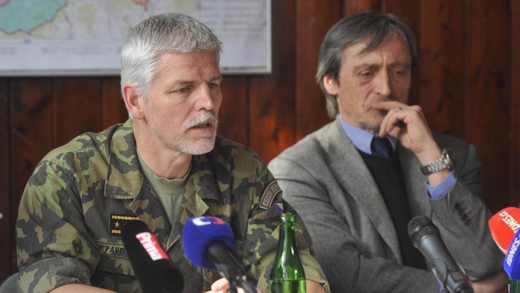 Petr Pavel s ministrem Martinem Stropnickým