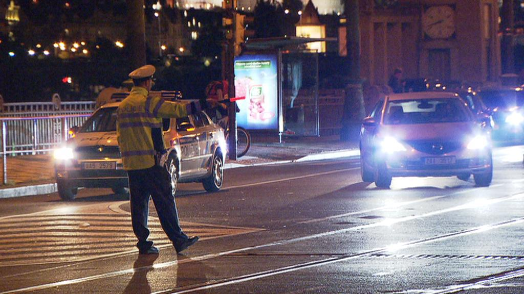 Policie odklání dopravu