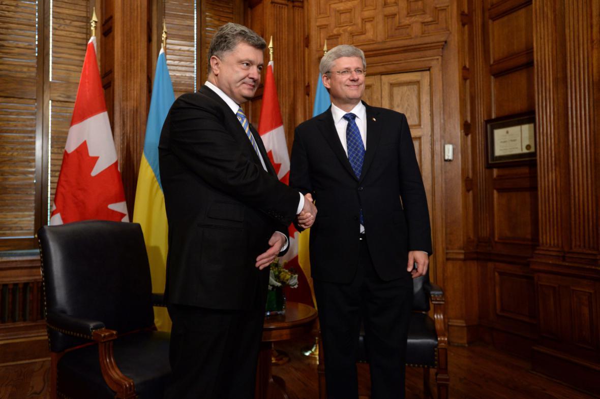 Petro Porošenko s kanadským premiérem