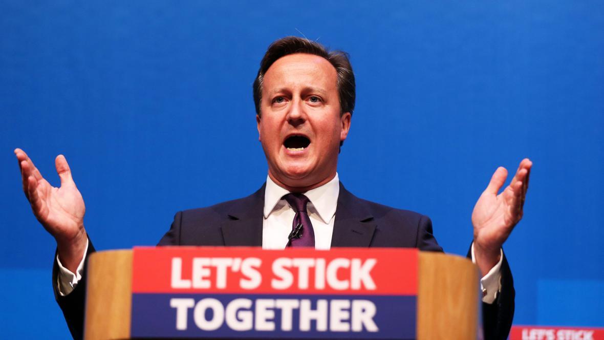 David Cameron vyzývá Skoty, aby hlasovali pro setrvání ve Spojeném království