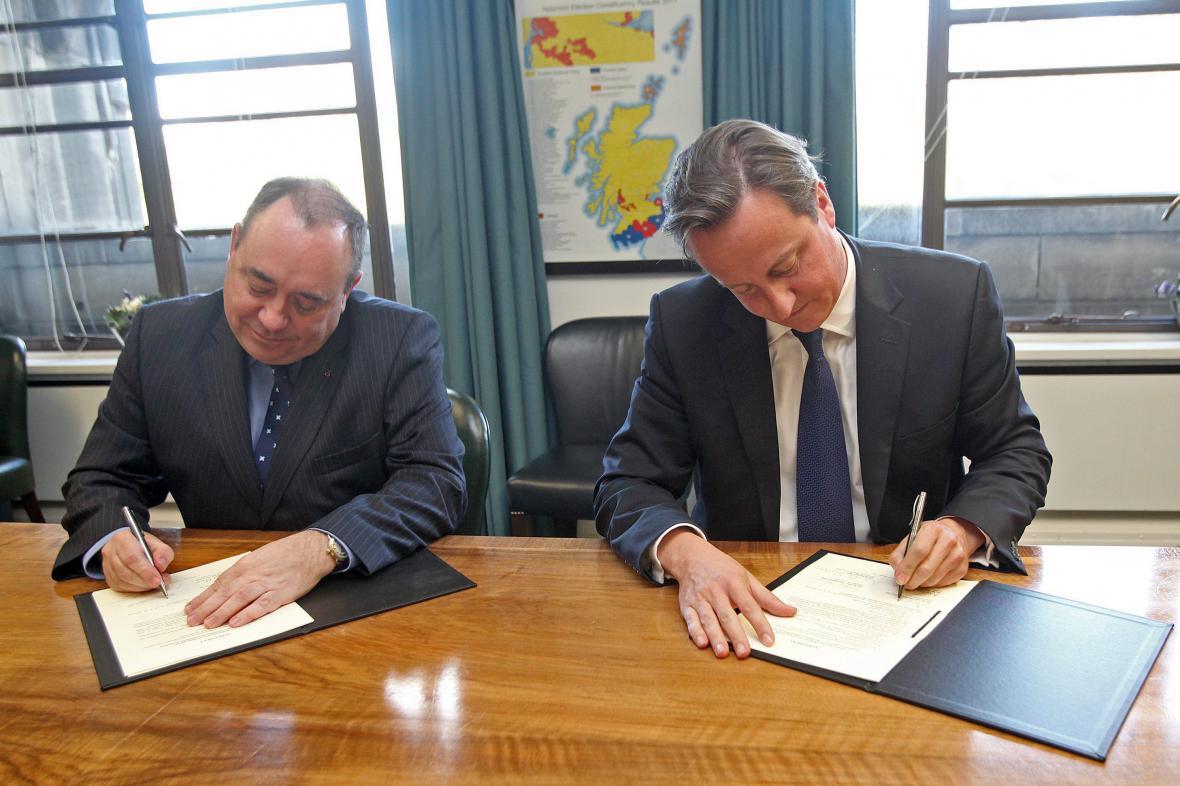 2012 - podpis Edinburghské dohody