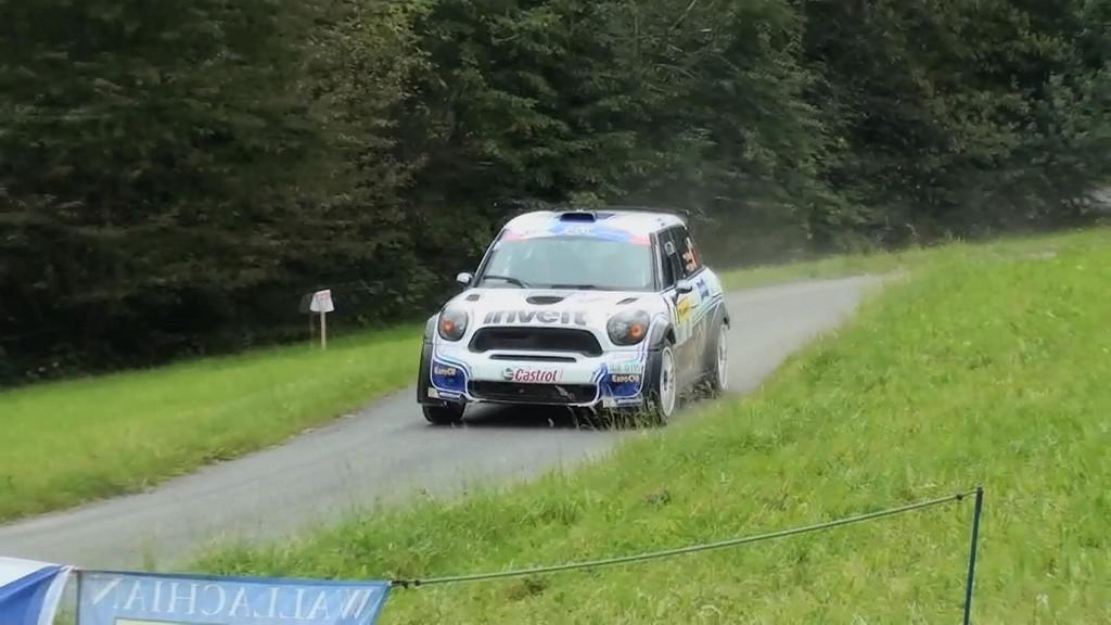 Auto na trase zlínské rallye