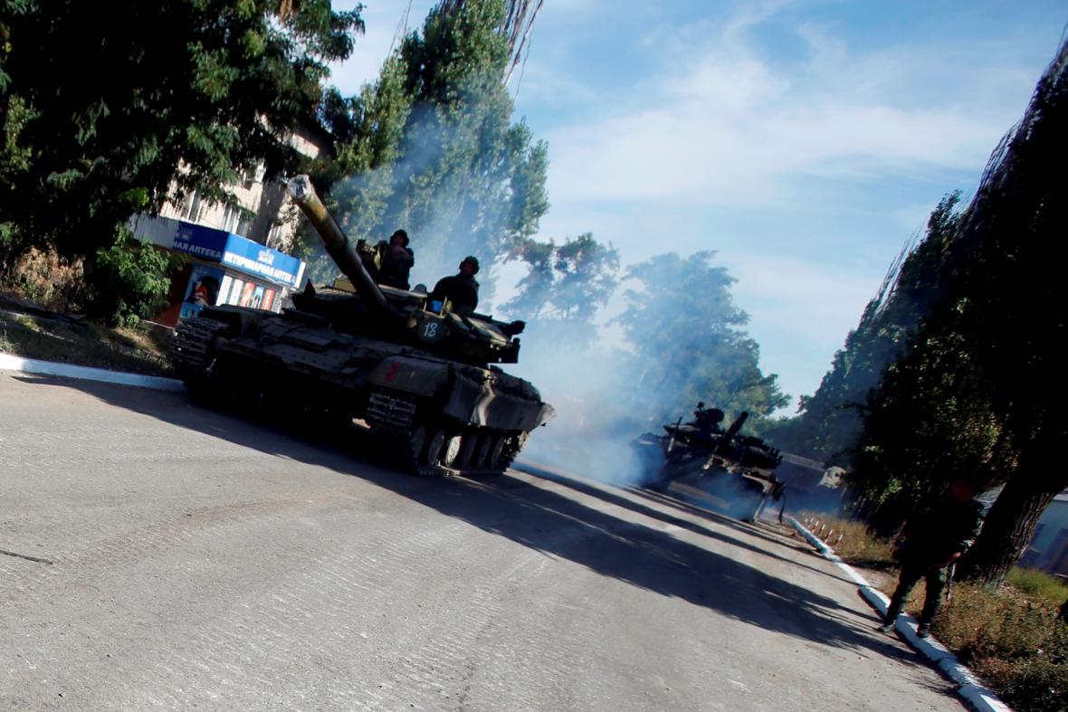 Boje v části východní Ukrajiny pokračují i přes příměří