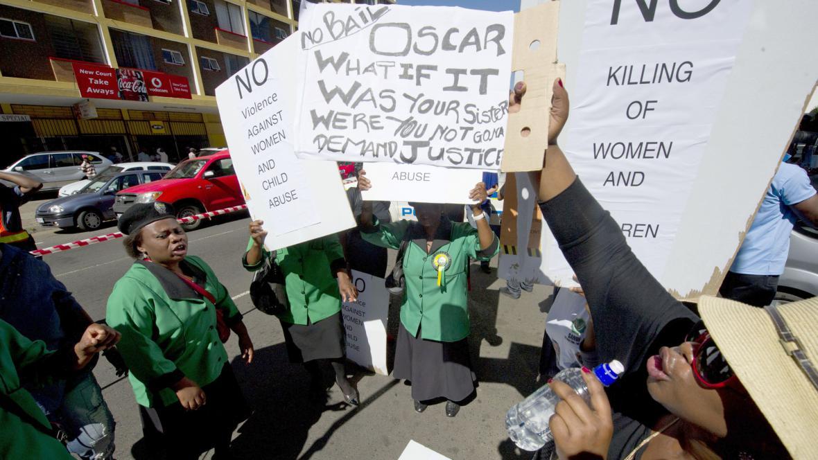 Protest proti propuštění Pistoria na kauci